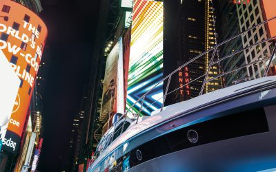 Azimut S6 on Times Square!